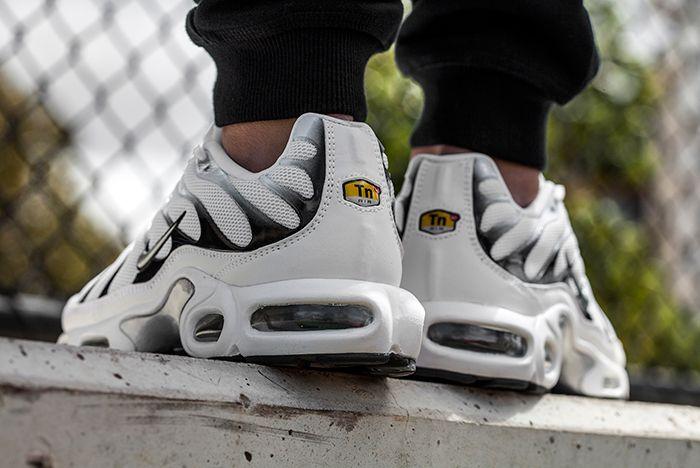 Nike Air Max Plus (White Tiger) - Sneaker Freaker
