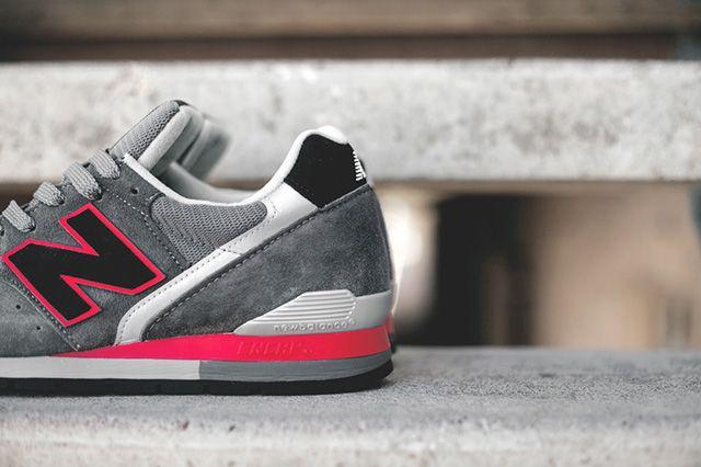 New Balance 996 Grey Red 1