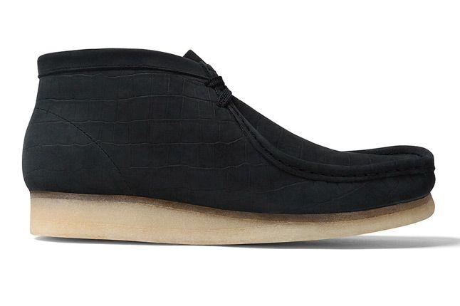 Supreme X Clarks Wallabee Boot Black Side 1