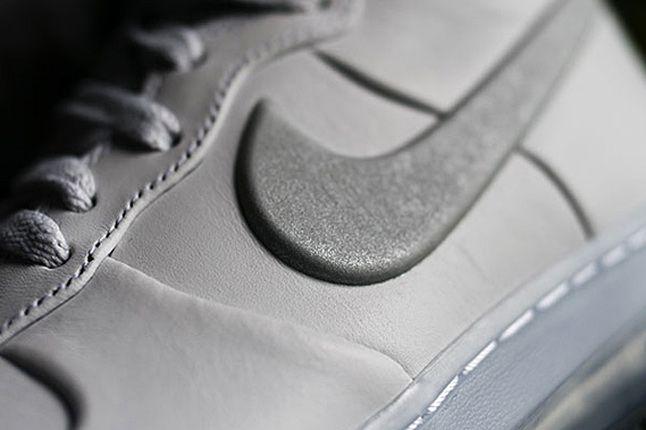 Nike Air Force 1 High Lux 02 1