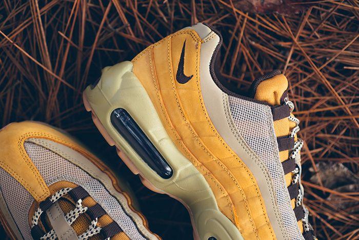 Nike Am95 Wheat Sp Bump 1