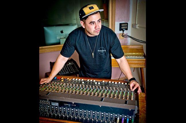 New Era Ta Ku 5 Panel Mixer 1 1