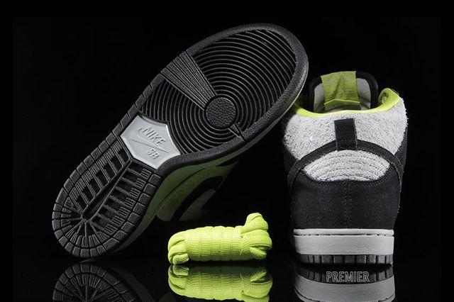 Nike Sb Dunk High Wooly Venom 6
