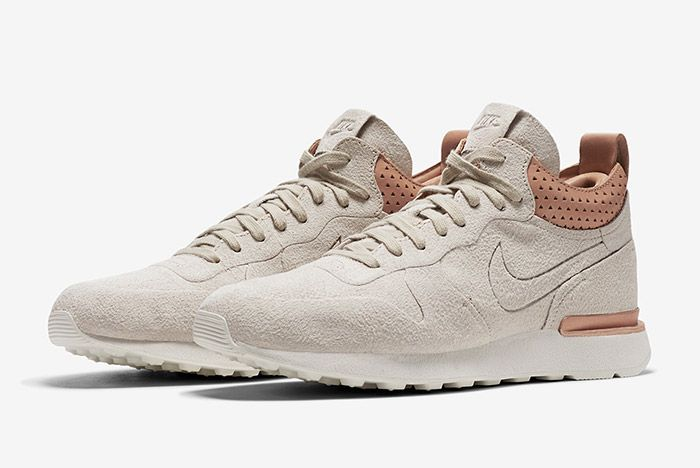 Nike Internationalist Mid Royal Sand 4