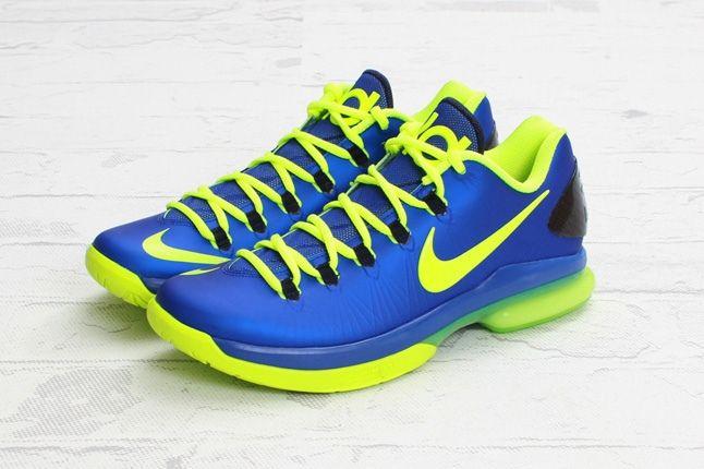 Nike Kdv Elite Hypber Blue Volt Angle 1
