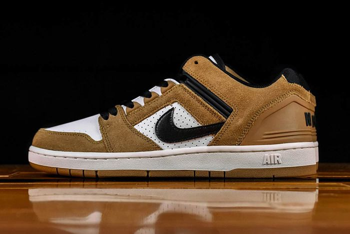 Nike Air Force 2 Low Esape Brown Ao0300 300 1