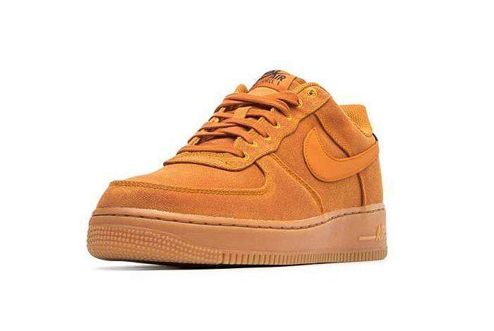 Nike Air Force 1 07 Lv8 Monarch 3
