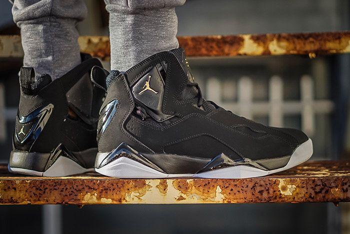 Air Jordan True Flight Black 5