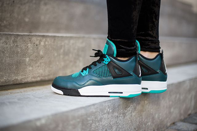 Air Jordan 4 Teal On Foot