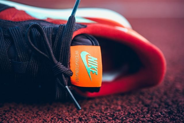 Nike Internationalist Mahogany Greenglow Totalorange 2