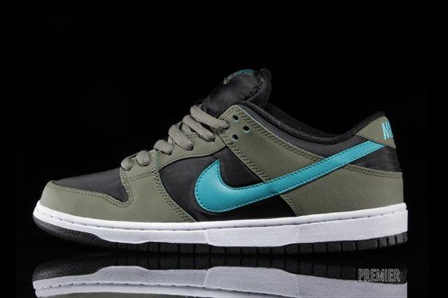 Nike Sb Dunk Low Olive Turbo Green 6