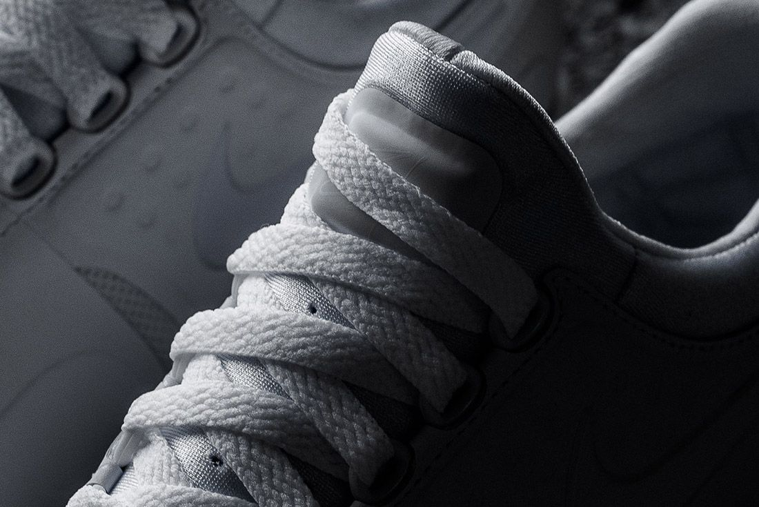 Nike Air Max Zero Triple White 6