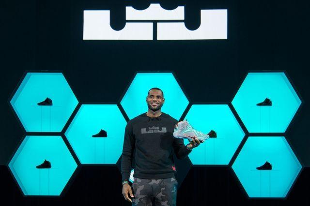 Nike Lebron 12 Official Unveil Graphics 8