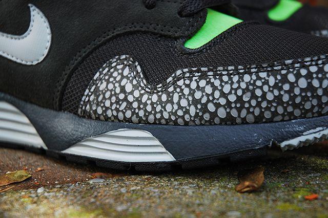 Nike Lunar Terra Safari Black Volt 2