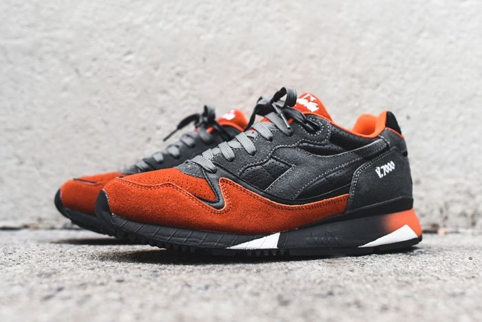 Diadora V7000 Castle Rock Dark Orange 5