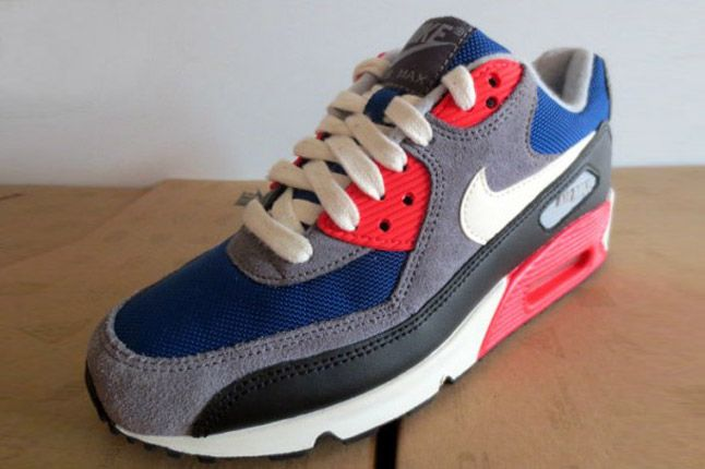 Nike Wmns Air Max 90 Dark Royalblue Charcoal 2012 Profile Quater Toe 1