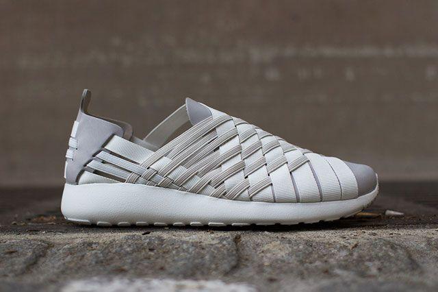 Nike Roshe Woven Beige Sideview