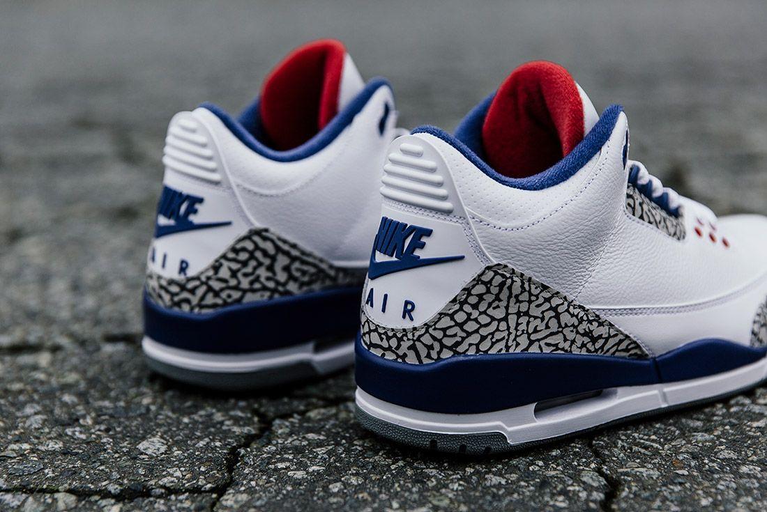 Air Jordan 3 Retro True Blue24