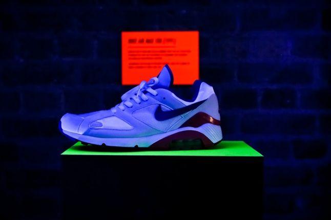 Nike Air Max Anniversary London Under Lights 1