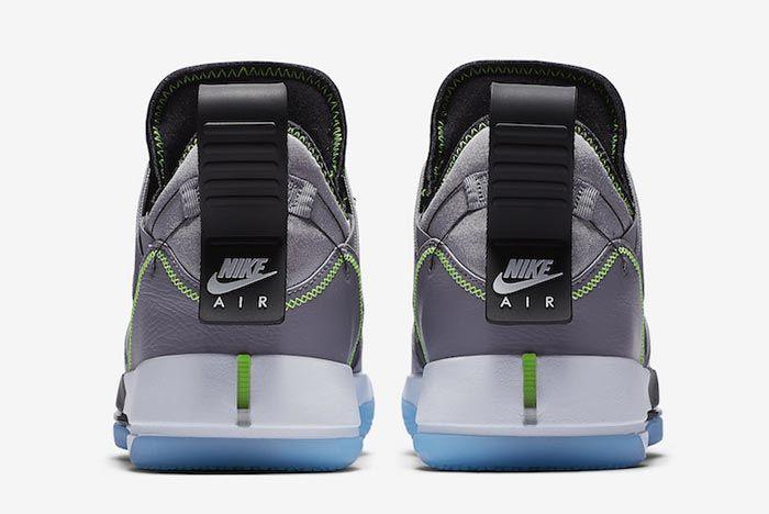 Air Jordan 33 Cement Grey Heels