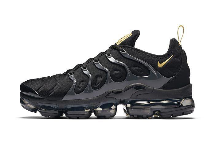 Nike Vapormax Plus Black Gold 3