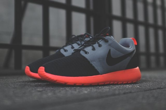 Nike Roshe Run Magnet Grey Mango 4