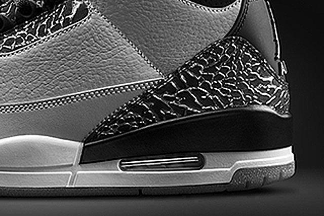 Jordan 3 Wolf Grey Heel Closeup2