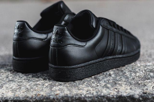 Adidas Superstar Triple Black 5