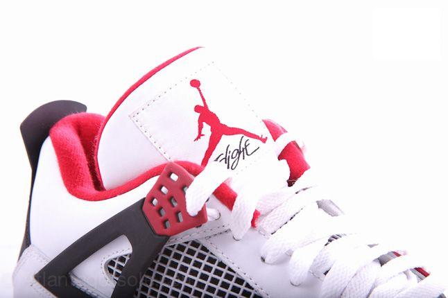 Air Jordan 4 Fire Red 06 1