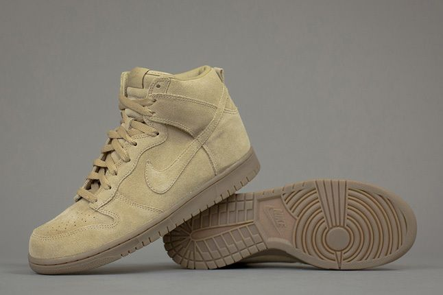 A P C X Nike Spring 2013 Collection Tan Dunk Angle 1