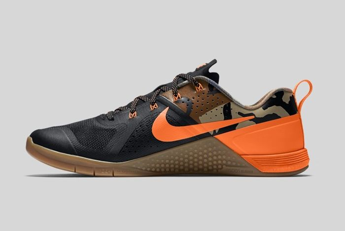 Nike Metcon 1 Black Total Orange Baroque Brown 3