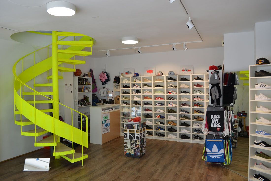 Seven Sneaker Store Basel Sf