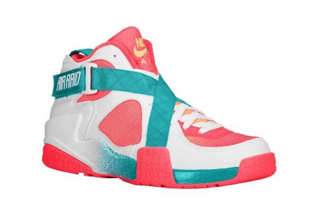 Nike Air Raid White Atomic Mango Turbo Green Laser Crimson1