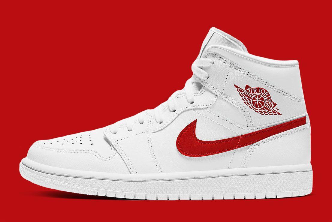 Air Jordan 1 Mid 'White/University Red'