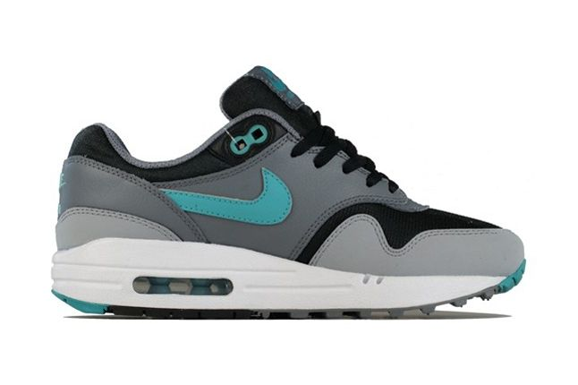Nike Am1 Gs Sport Turquoise Profile 1
