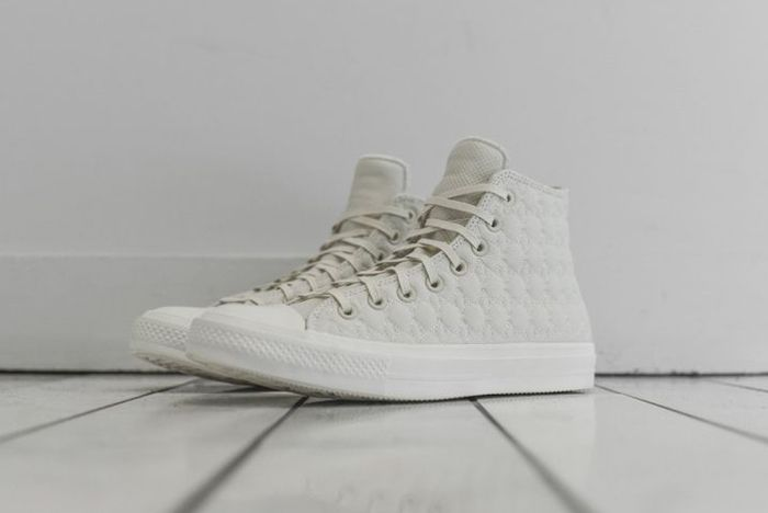 Converse Chuck Taylor 2 Car Leather 03 1