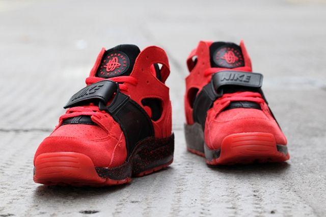 Nike Air Trainer Huarache Red Black 5