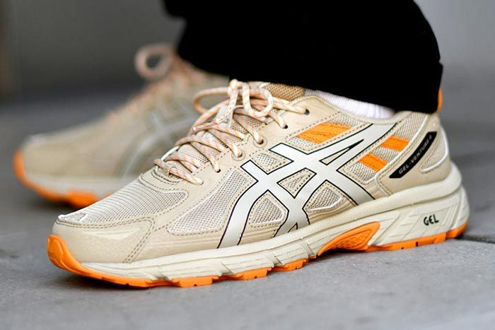Asics Gel Venture 6 Putty Left Angle Shot