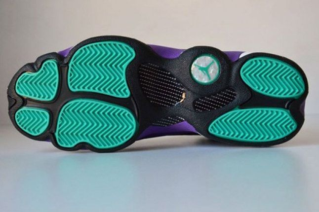 Air Jordan 13 Black Ultraviolet Atomic Teal Outsole 1