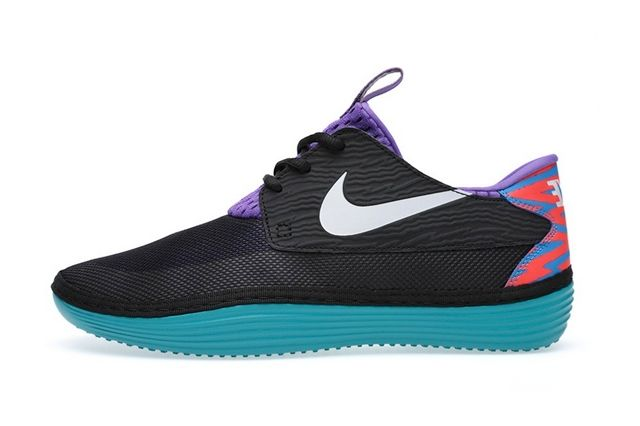 Nike Solarsoft Moccassin Tropical Camo 1