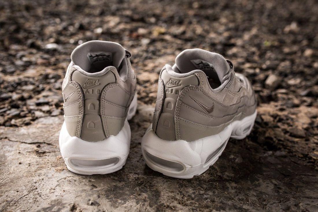 Nike Air Max 95 Prm Cobblestone 1