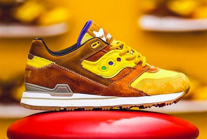 Feature X Saucony Courageous 1