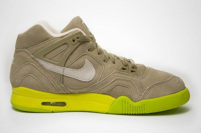 Air Tech Challenge Ii Suede Bamboo 2