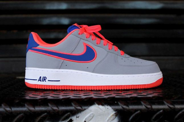Nike Air Force 1 Wolf Grey Profile 1