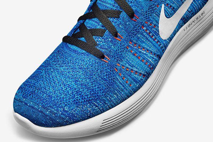 Nike Lunar Epic Low Flyknit Racer Blue1