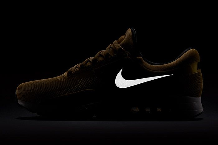 Nike Air Max Zero Metallic Gold 1