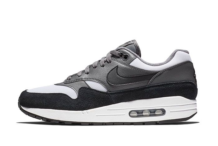 Nike Am1 Black White Sneaker Freaker2