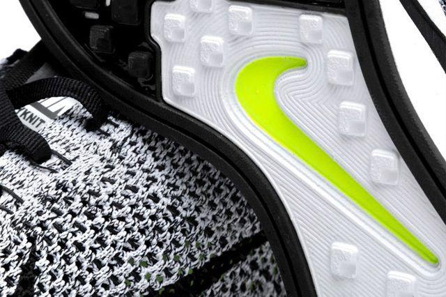 Nike Flyknit Racer White Black 5