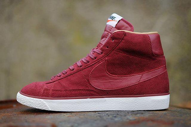 Nike Blazer Mid 2