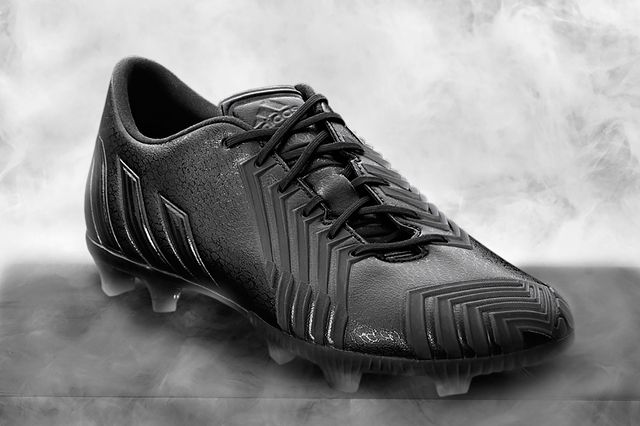 Adidas Football Bw Predator Black Hero 04